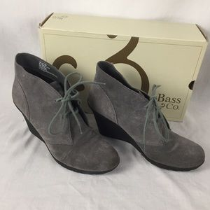 GH Bass Grey Suede Lace-up Wedges